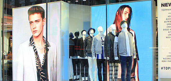 embed signage cloud based digital signage software - How Digital Signage Transforms the In-Store Experience - Digital Window Displays at Topman